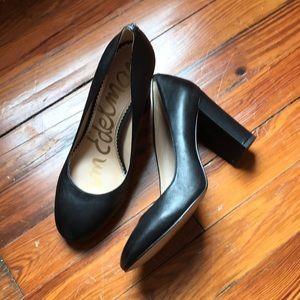 Sam Edelman black pumps